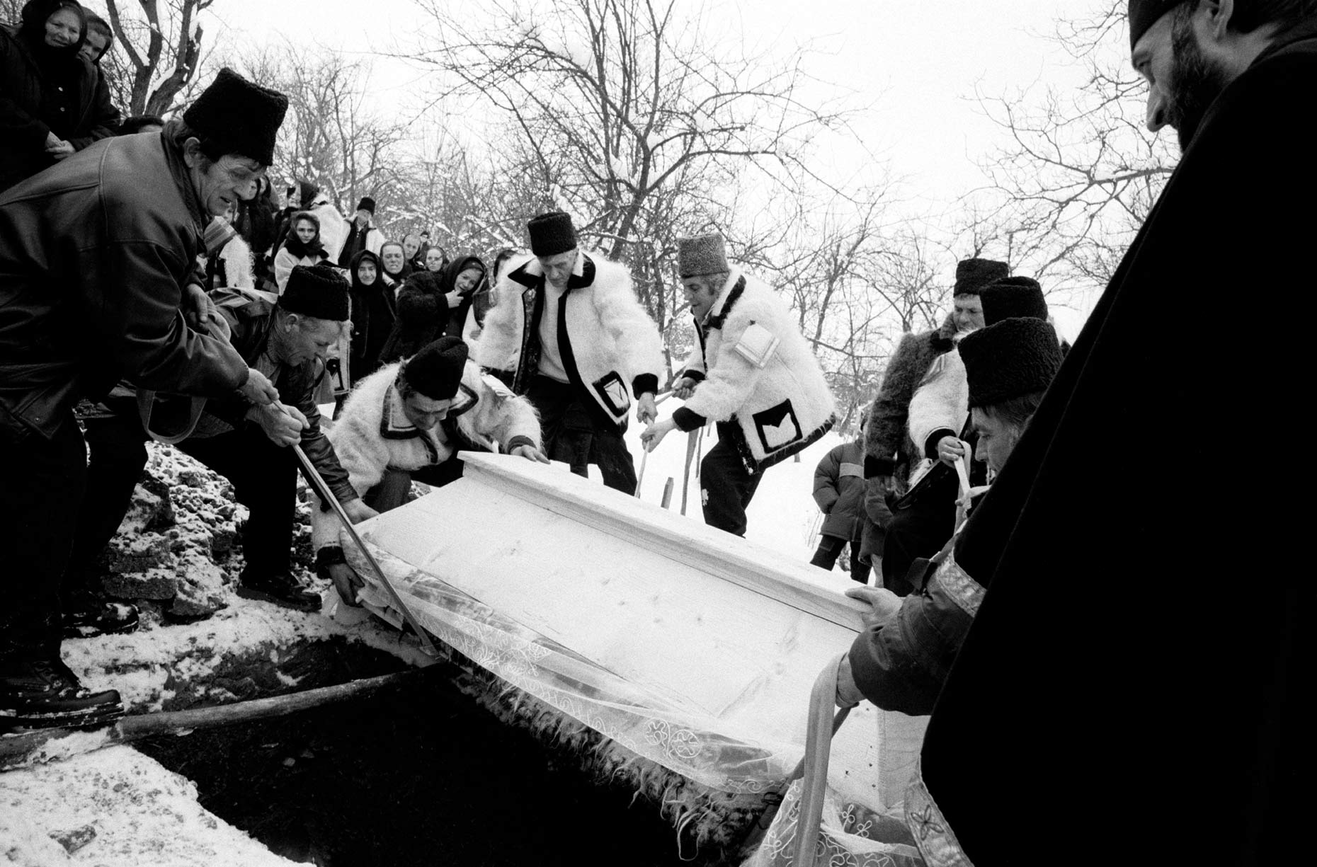 018_Master_Winter_Funeral_Grave_Pries2-001